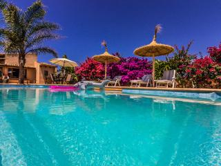 Cottage with pool and Wifi near Ses Salines - Ses Salines vacation rentals