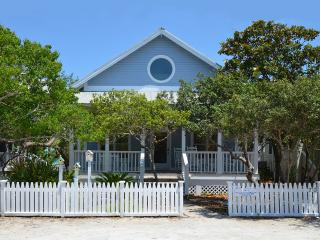 Comfortable 4 bedroom House in Seaside - Seaside vacation rentals