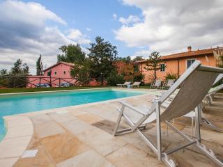 Fattoria I Ciliegi 1 bed Apartment (Pool & Tennis) - Reggello vacation rentals
