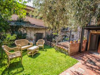 Villa al duomo Taormina Superior Apartment - Taormina vacation rentals