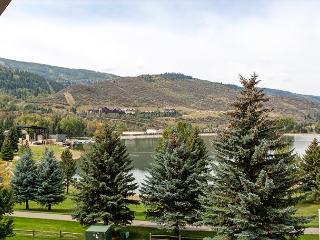 Warm & Welcoming 2BR Avon Condo – Walk to Rec Center! - Avon vacation rentals