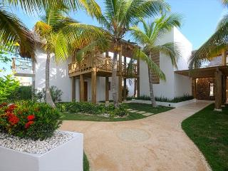 Beautiful golf course villa in cap cana Cayuco #9 - Punta Cana vacation rentals