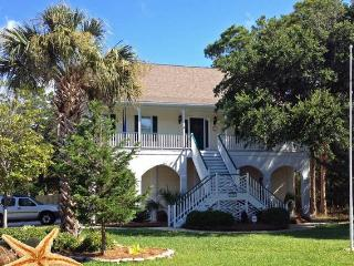 Close to the Beach and Downtown Folly~Dog friendly - Charleston vacation rentals