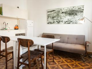 hayarden 14 - 2 bedroom with balcony - Tel Aviv vacation rentals