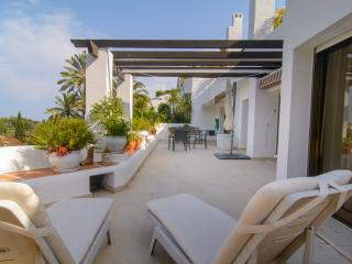 El Ancon Sierra apartment with shared pool, WiFi - Marbella vacation rentals