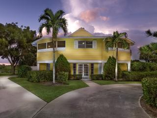 Bonita Beach / Lovely Walk-to-Beach Bay view home - Bonita Springs vacation rentals