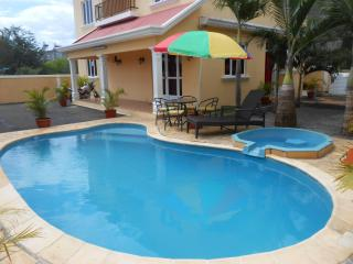 6 bedroom Villa with Deck in Pointe Aux Piments - Pointe Aux Piments vacation rentals