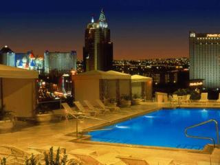 Stunning Roof Top Pool at Polo Towers 1 bd condo! - Las Vegas vacation rentals