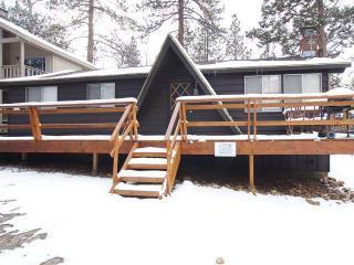 Cozy 3 bedroom Sugarloaf Cabin with Deck - Sugarloaf vacation rentals