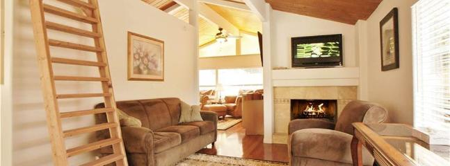2 bedroom Cabin with Deck in Green Valley Lake - Green Valley Lake vacation rentals