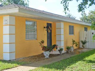 Cute 2 bedroom pet friendly home with fenced in yard. - Naples vacation rentals