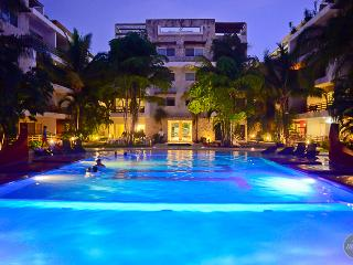 Steps to 5th avenue, beach and night clubs! - Playa del Carmen vacation rentals