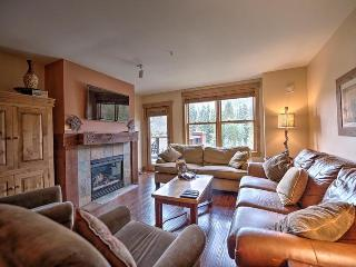 Springs Lodge 8888 - Walk to gondola and River Run Village, amazing mountain views! - Keystone vacation rentals