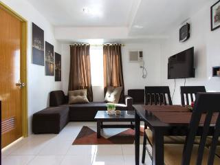 New Fully Furnished 2BR Condo in QC - Quezon City vacation rentals