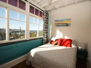 BRONTE 2BR BEACH PAD BR06 - Sydney vacation rentals