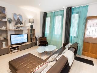 Appartement style classique de 60 m2 - Paris vacation rentals