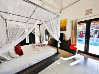 Private Villa 2 Bedrooms in Seminyak Beach at 350m - Seminyak vacation rentals
