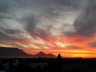 Sunset Views - Milnerton vacation rentals