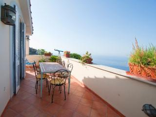 Luxury apartment 4bed/3bath - Sant'Agata sui Due Golfi vacation rentals