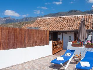 Holiday Cottage in Sta. Lucia (GC0246) - Grand Canary vacation rentals