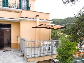 Varazze apt con terrazzo a 400 mt dal centro - Varazze vacation rentals