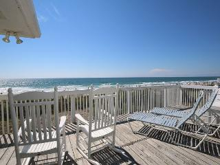 Amazing Grace - Lovely oceanfront home in the heart of Wrightsville Beach - Wrightsville Beach vacation rentals