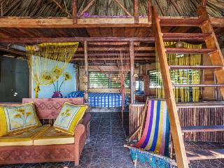 Wonderful Beach hut with Deck and Internet Access - Huay-Pix vacation rentals