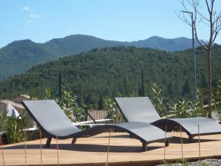 Apprtement neuf au calme avec jardin - Ponte-Leccia vacation rentals