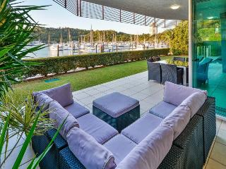 4 bedroom Apartment with A/C in Hamilton Island - Hamilton Island vacation rentals