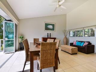 Bright 4 bedroom Vacation Rental in Hamilton Island - Hamilton Island vacation rentals