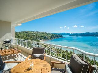 Bright 1 bedroom Hamilton Island Apartment with A/C - Hamilton Island vacation rentals