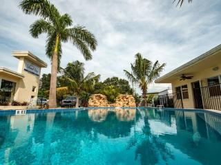 Island Cay Clearwater Beach 2 Bedroom 1 bath. - Belleair Beach vacation rentals