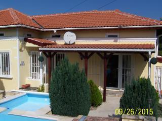 Villa dobrevo - Dobrich vacation rentals