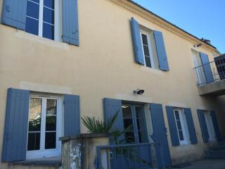 Nice Condo with Internet Access and Garden - Bourg vacation rentals