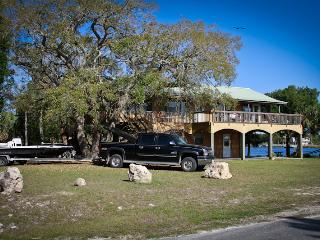 Steinhatchees Front Porch - Steinhatchee vacation rentals