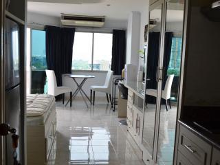 Jomtien Thipcondotel (1016) - Pattaya vacation rentals
