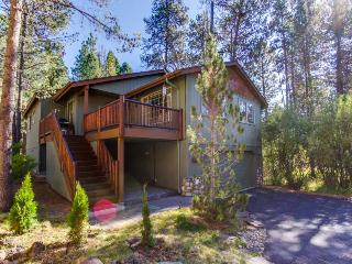 Cozy home w/resort amenities & game room/man cave! - Sunriver vacation rentals