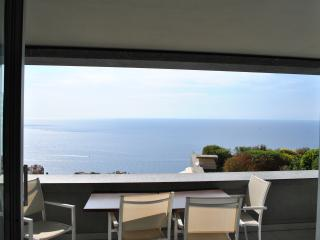 Cap d'Ail Apartment (Near Monaco) Sleeps 4-6 Pers - Cap d'Ail vacation rentals
