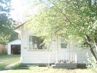 3 bedroom Cottage with Internet Access in Canora - Canora vacation rentals