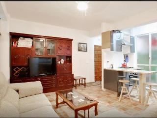 3 bedroom Apartment with Internet Access in Estepona - Estepona vacation rentals