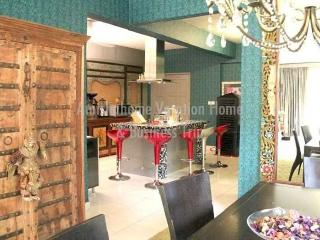 Amisha Vacation Home & Business Trip (3 Bedrooms Apartment) - Sungai Buluh vacation rentals