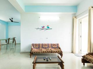 AC+ Wifi in 1 Private Room at South Calcutta - Kolkata (Calcutta) vacation rentals