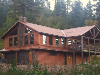 Hugh Bear Lodge - Lead vacation rentals