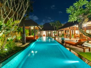 Des Indes II  a 5 Bedroom Luxury Villa in Seminyak - Seminyak vacation rentals