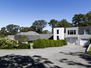 PRIOB - Modern Waterfront Estate Home, Luxury Features Throughout, Expansive Deck with Outstanding Views Across the Lagoon, Beautifully Landscaped Yard - Vineyard Haven vacation rentals