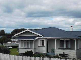 4 bedroom House with Deck in Opotiki - Opotiki vacation rentals