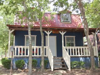Mendelbaum Winery Almond Cabin - Fredericksburg vacation rentals