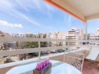 Bright Palma de Mallorca vacation Apartment with A/C - Palma de Mallorca vacation rentals