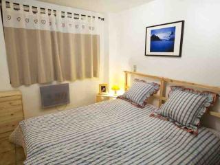 Comfortable 5 bedroom Chalet in Montgenevre with Internet Access - Montgenevre vacation rentals