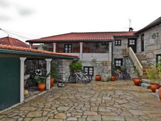 Romantic 1 bedroom Soajo Cottage with Central Heating - Soajo vacation rentals